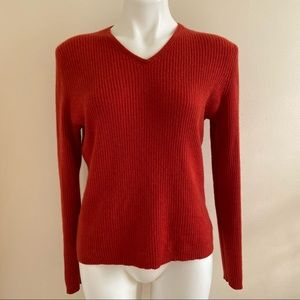 A Gianneti Ribbed Cashmere Sweater